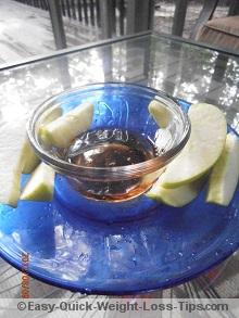Apples dipped in sugar-free honey syrup