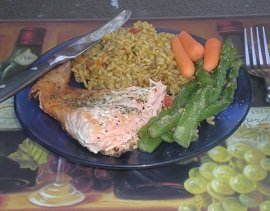 Salmon with veggies and brown rice
